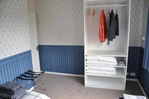 A bunk bed or bunk beds in a room at Eaglesfield House Guest Apartment