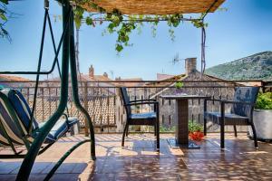Patio o area all'aperto di Apartments Villa Anka