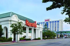 The facade or entrance of Harrah's Joliet Casino Hotel
