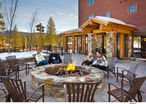 A restaurant or other place to eat at Northstar Lodge by Welk Resorts
