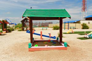 Детская игровая зона в База Отдыха Роза Ветров