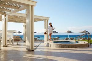 Basen w obiekcie Electra Palace Rhodes - Premium All Inclusive lub w pobliżu