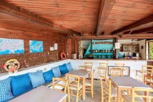 Εστιατόριο ή άλλο μέρος για φαγητό στο Βίλα Αριάδνη