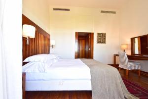 A room at Pousada Castelo de Alcacer do Sal