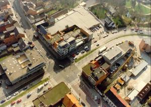 Een luchtfoto van Hotel De Swaen