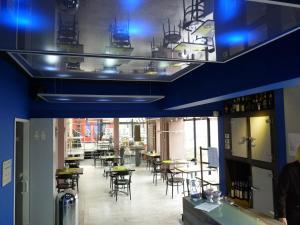 Een restaurant of ander eetgelegenheid bij Hotel De Swaen