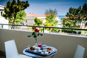 A balcony or terrace at Phi Hotel Alcione