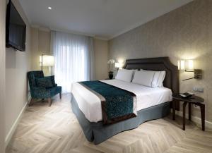 Una habitación en Eurostars Casa de la Lírica