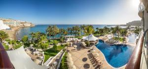 Vista general de Playa de Arguineguín o vista desde el hotel