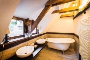 O baie la Casa Savri