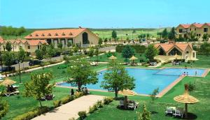 A view of the pool at Farah Inn Ifrane or nearby
