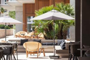 Um restaurante ou outro lugar para comer em Ocean Drive Talamanca