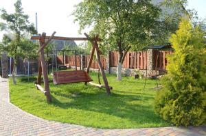 A garden outside Agrousadba Kamenetskoye Zatishye