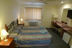A room at Parkhaven Motel