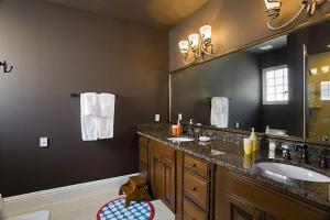 A bathroom at Orlando Family Friendly Home