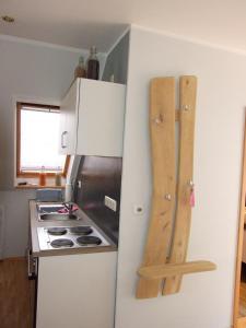 Küche/Küchenzeile in der Unterkunft Ferienwohnung am Betschkamp