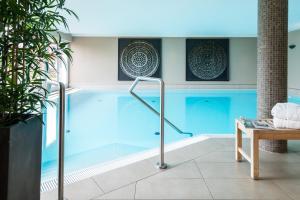 Der Swimmingpool an oder in der Nähe von Strandhafer Aparthotel