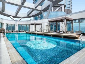 Het zwembad bij of vlak bij Cordis, Hong Kong