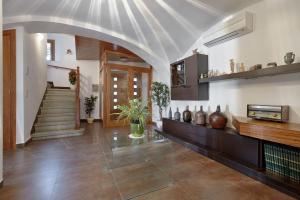 The lobby or reception area at Ca la Lola