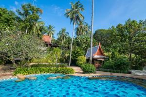 สระว่ายน้ำที่อยู่ใกล้ ๆ หรือใน SYLVAN Koh Chang
