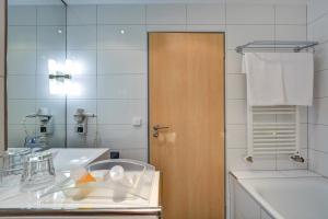 A bathroom at Holiday Inn Prague Airport, an IHG Hotel