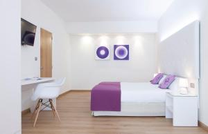 A room at Hotel Albahia Alicante
