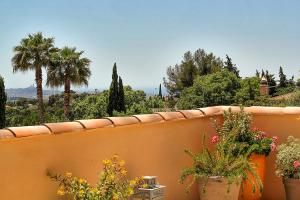 A balcony or terrace at Le Clos du Jas