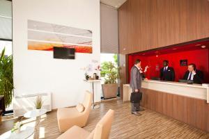 Salon ou bar de l'établissement Séjours & Affaires Paris-Vitry