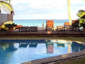 The swimming pool at or near Muri Beach Hideaway - Adults Only
