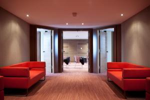 A seating area at Hyllit Hotel