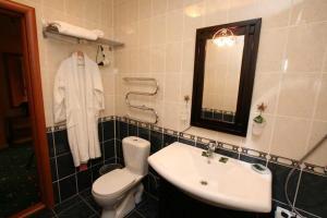 Ванная комната в Hotel Malahit