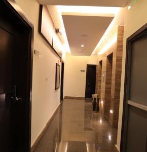 O saguão ou recepção de Al Itqan Apart-hotel