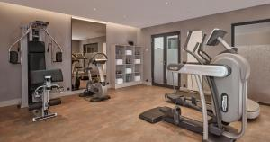 The fitness centre and/or fitness facilities at Park Plaza Nuremberg