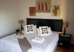 A room at Villa Too Kruger Lodge