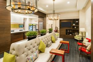 The lounge or bar area at Home2 Suites by Hilton Atlanta Downtown
