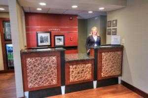 The lobby or reception area at Hampton Inn Gatlinburg