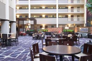 A restaurant or other place to eat at Embassy Suites by Hilton Philadelphia-Airport