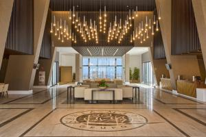 The lounge or bar area at Grand Luxor Hotel - Aqualandia & Mundomar Included