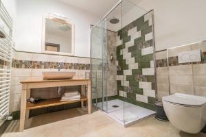 Een badkamer bij Casa Krasna Guest House