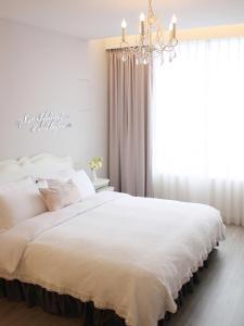 A room at White Truffle B&B