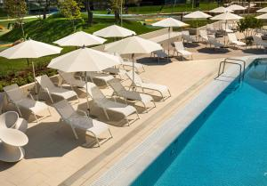 The swimming pool at or close to Family Hotel Amarin