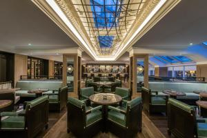 A restaurant or other place to eat at Conrad Dublin