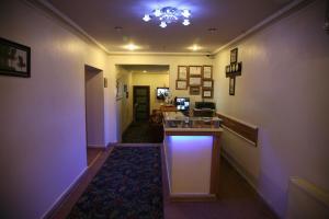 مطبخ أو مطبخ صغير في فندق أيميني