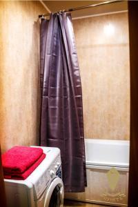 Ванная комната в Apartments on Lazurnaya