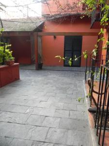 Un patio o zona al aire libre en Hotel Beltran