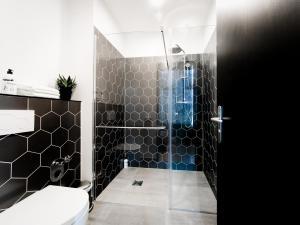 A bathroom at Pyjama Park Schanzenviertel