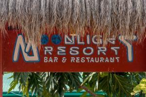 Ein Zertifikat, Auszeichnung, Logo oder anderes Dokument, das in der Unterkunft Moonlight Resort ausgestellt ist
