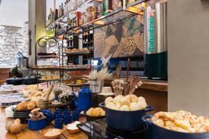 Um restaurante ou outro lugar para comer em Radisson Blu Belo Horizonte Savassi