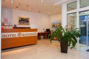The lobby or reception area at Hotel Rotondo