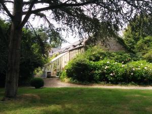 A garden outside Chateau de Flottemanville